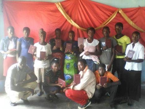 Church leaders receive their bibles