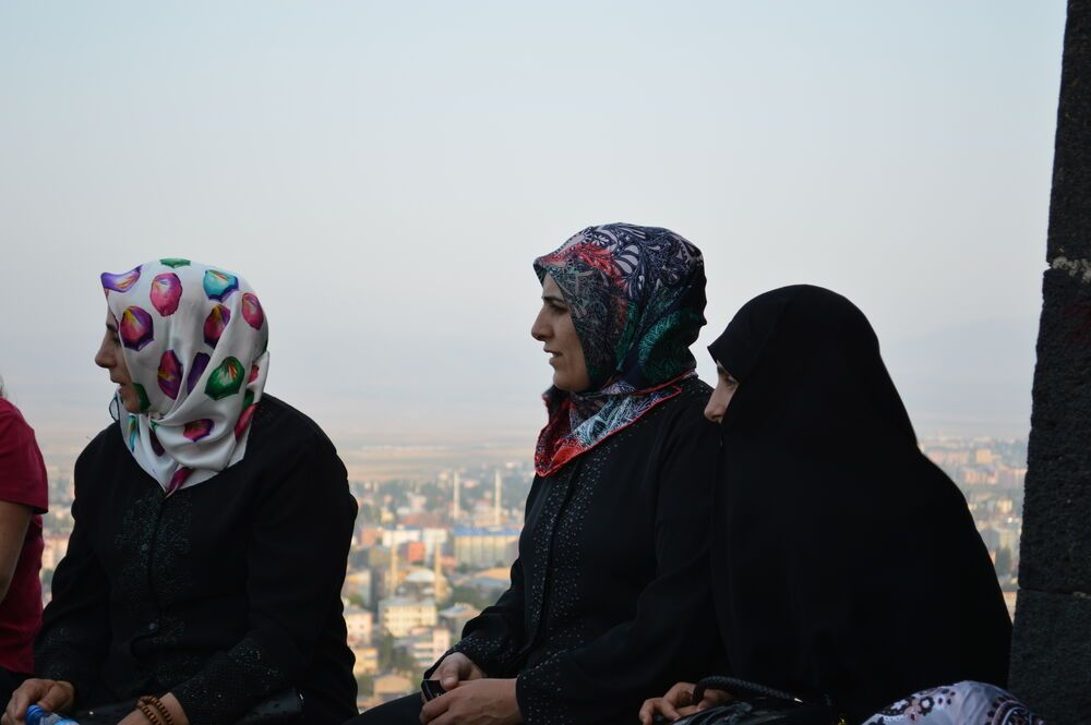 Pray for the women from Turkey to hear and accept the message of Jesus.