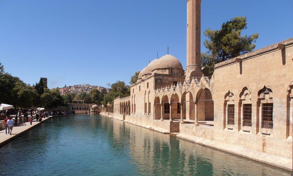 Turkey: Travelling light in Sanliurfa More Info