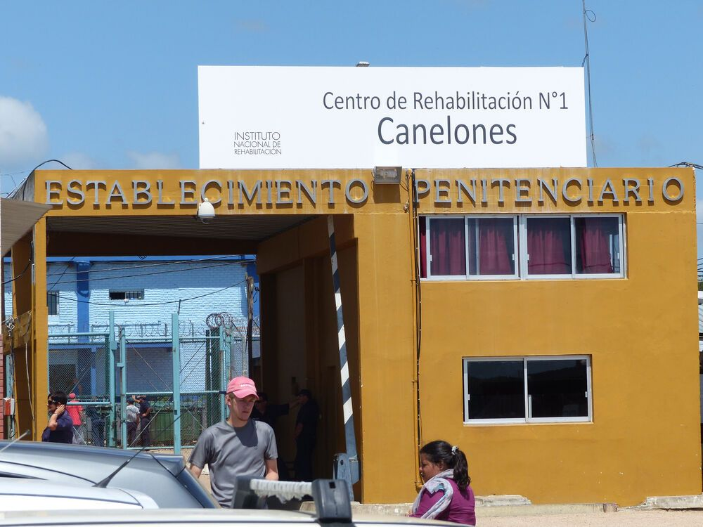 Toledo, Uruguay :: Local prison in Uruguay where 10 inmates came to faith in Christ.