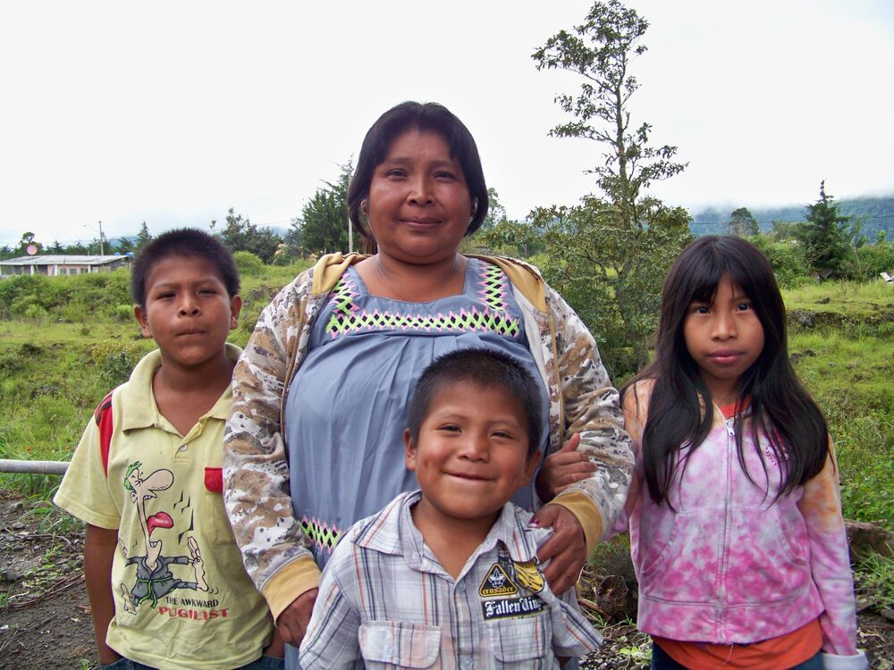 Panama: Celinda, mother of 10, doesnt have enough money to buy food for all her children and is very thankful for OM Panamas food kitchen. More Info