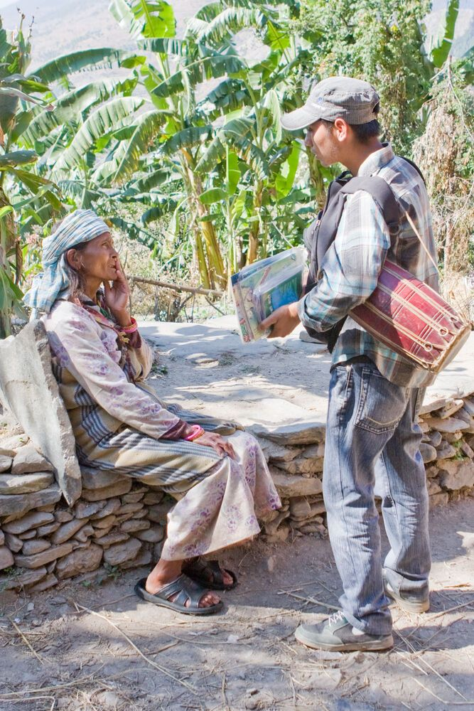 South Asia: A D2G shares about Jesus with a woman in remote village in the far west of Nepal.  More Info