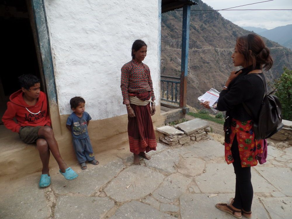 South Asia: A D2G student uses the testimony and gospel sharing methods learned in the classroom.  More Info