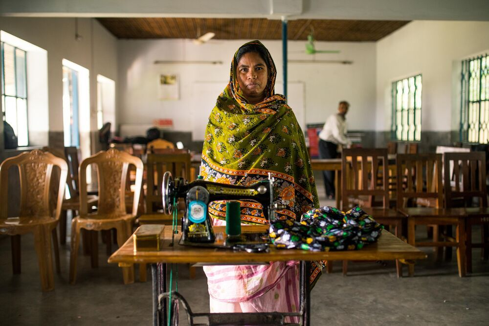 Bangladesh: Learning a valuable skills such as sewing brings hope of a better life, dignity and honour to women and entire families in Bangladesh. OM trains 240 women annually in four-month tailoring courses.