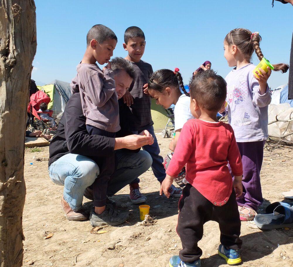 Christian Pilz, leader of OM Italia, spent a week in Idomeni refugee camp.