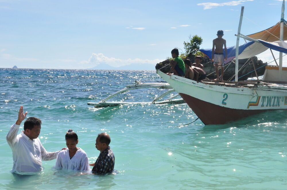 Philippines: ​Seventeen year-old Jenlie Montano before she was baptizedin the water. More Info