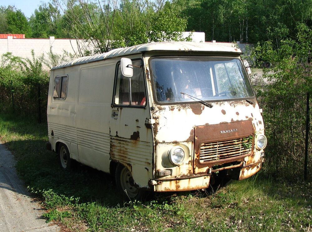 During the Communist Era, OM conducted one of the largest smuggling operations of Bibles and Christian literature behind the Iron Curtain. The use of specially configured transit vans became the most common approach.