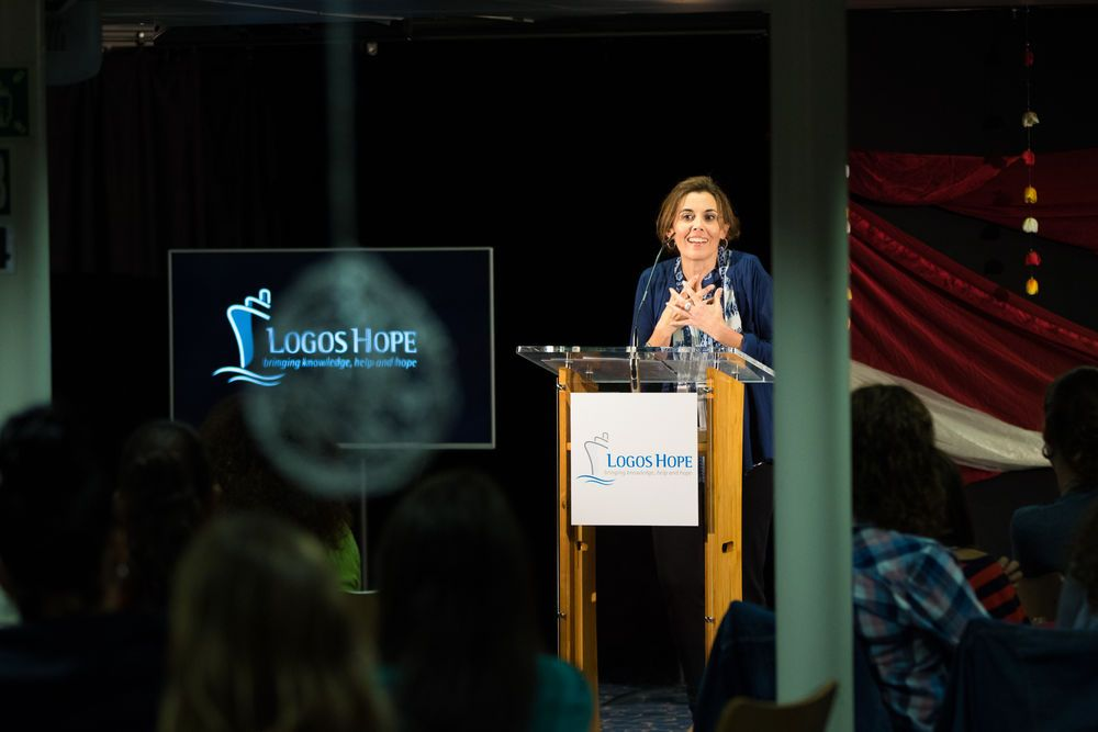 Spain: Santa Cruz de Tenerife, Spain :: guest speaker Ana Ortega shares her story about the destructive power of negative words at a ladies conference on board Logos Hope. More Info