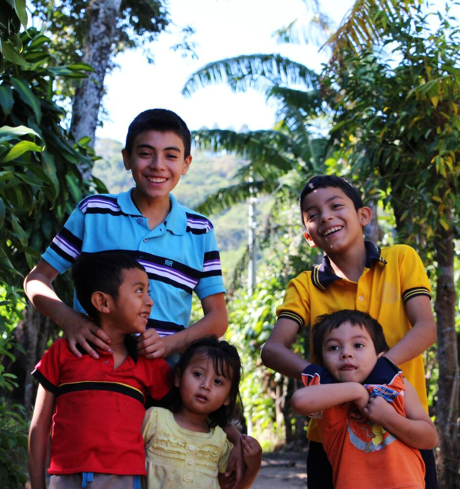 El Salvador: Ten-year-old Ulises and thirteen-year-old Iván with a few friends in the community of La Ceiba, where OM El Salvador is working. More Info