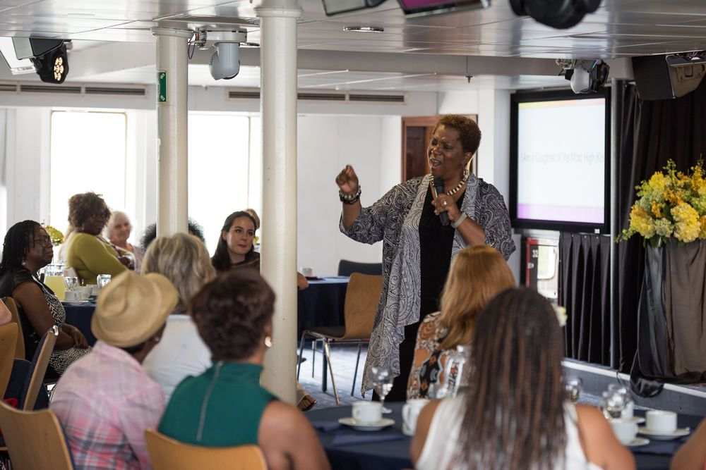 Jamaica: Montego Bay, Jamaica :: Songwriter Babbie Mason (USA) speaks at a womens event called A Daughter of the Most High King. More Info