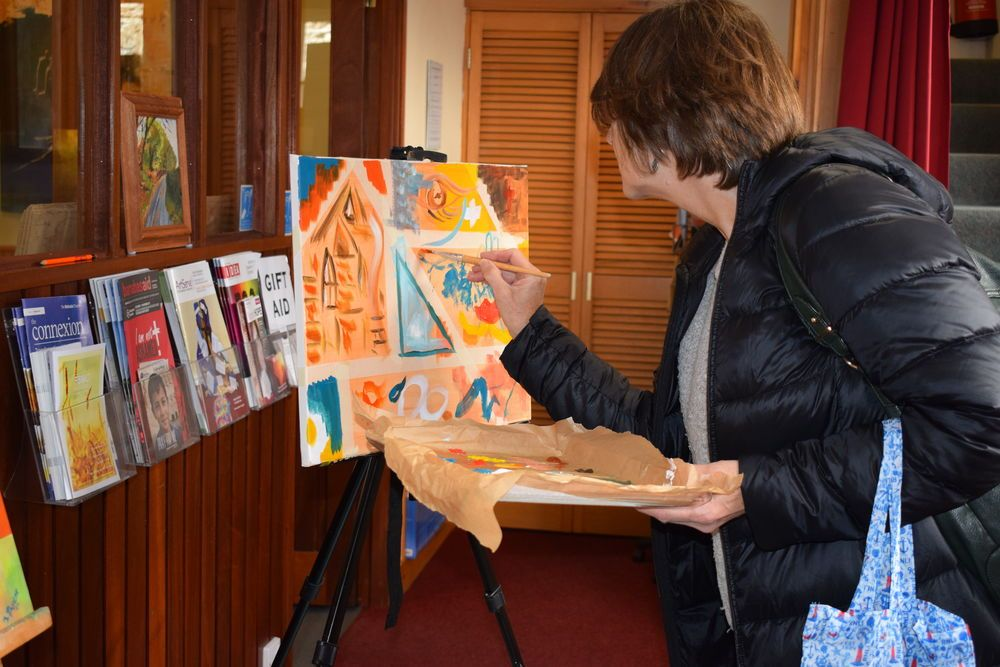 OM worker Janice finds painting a great conversation starter during St. Ives Festival Week in Cornwall.
