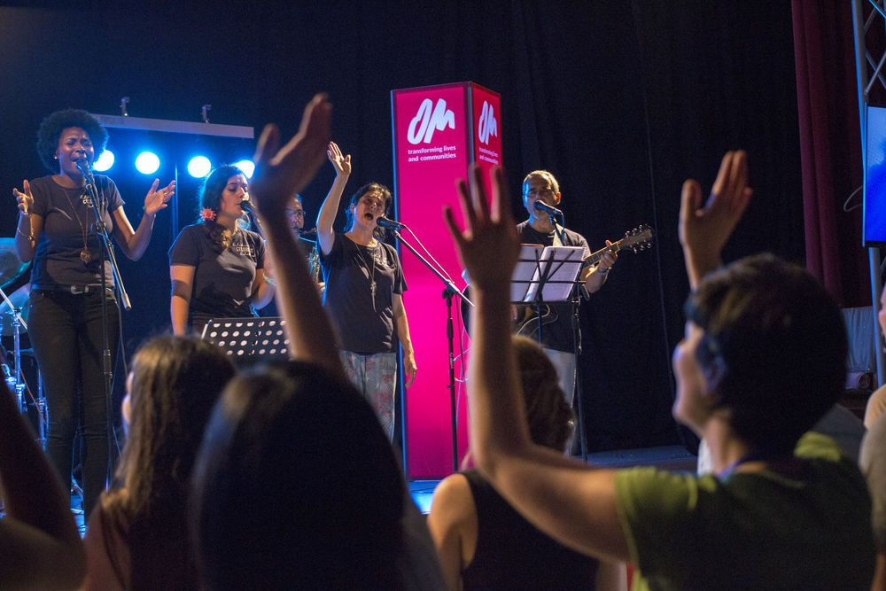 Spain: The worship brought us into the presence of God, in three languages (English, Spanish and Catalan) led by the band Celobert (Spain) and Aleithia Sweeting (Bahamas). More Info