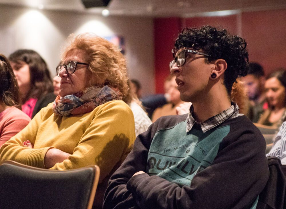 Argentina: Rosario, Argentina :: Church members listen to speakers during an event for pastors. More Info