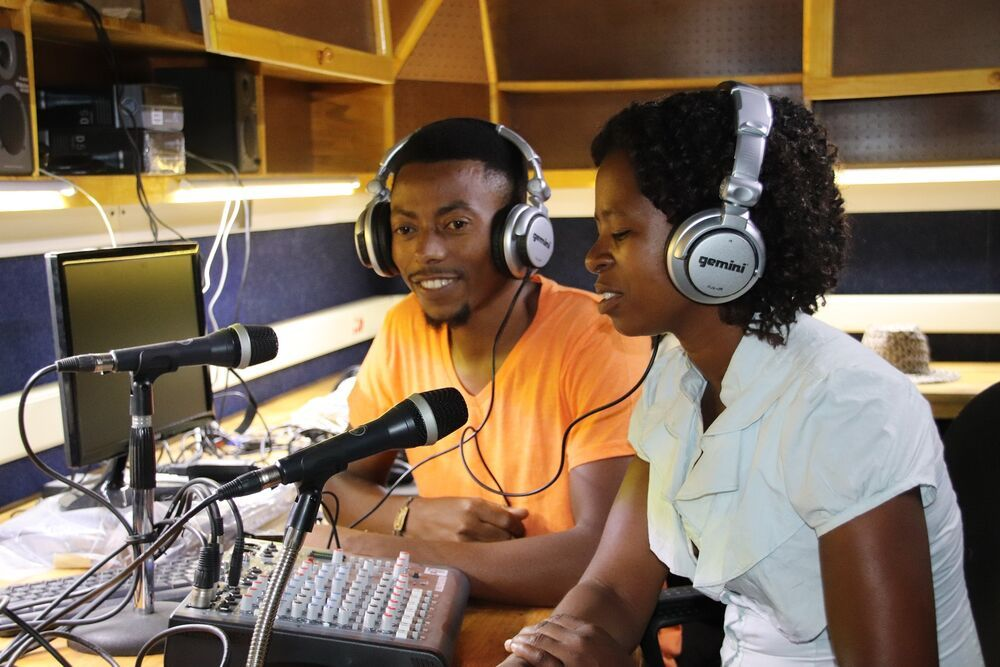 Radio Lilanguka in on air seven days a week from 05:00-22:00 in Mangochi, Malawi. They broadcast a variety of shows and are dedicated to sharing the love of Christ with those who dont know Him.