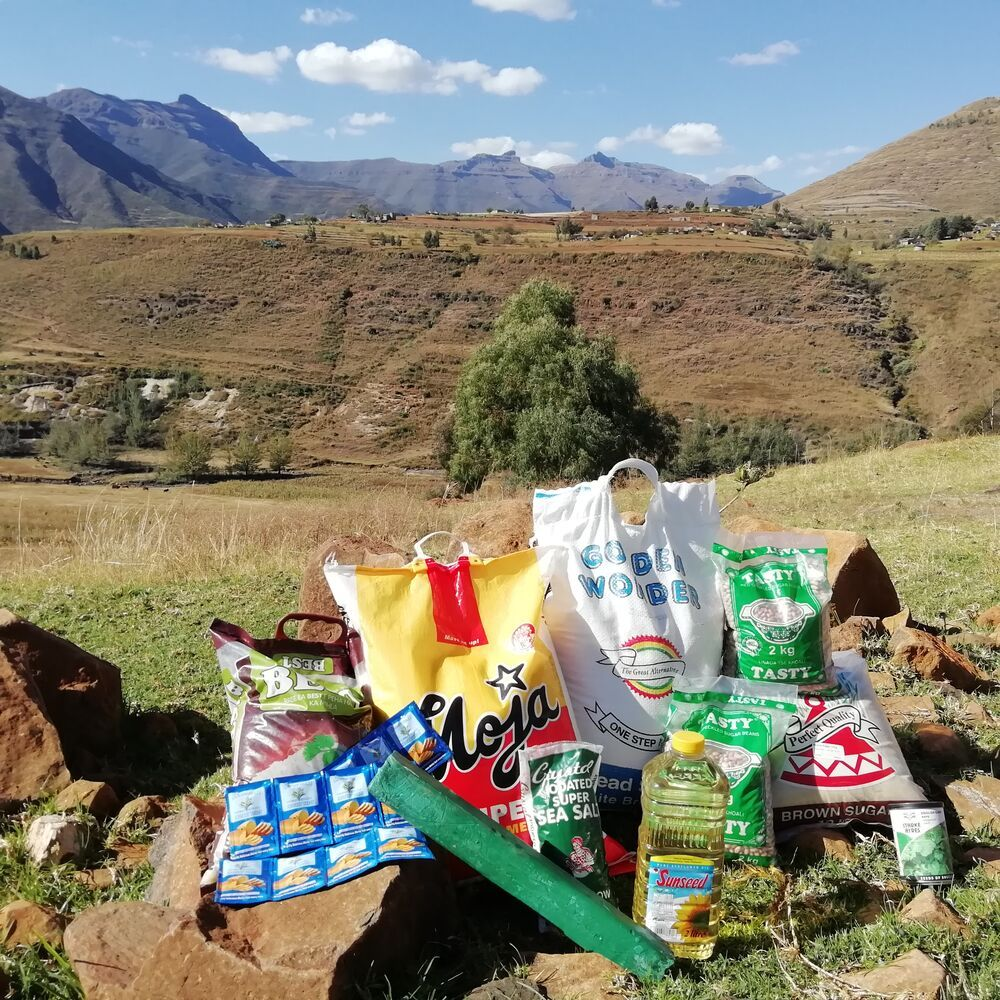 OM South Africa distributing COVID-19 food parcels in Lesotho.