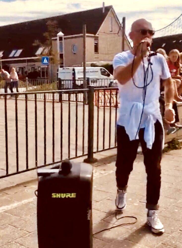 Robbie Smitskamp preaching the gospel in Urk, Netherlands.