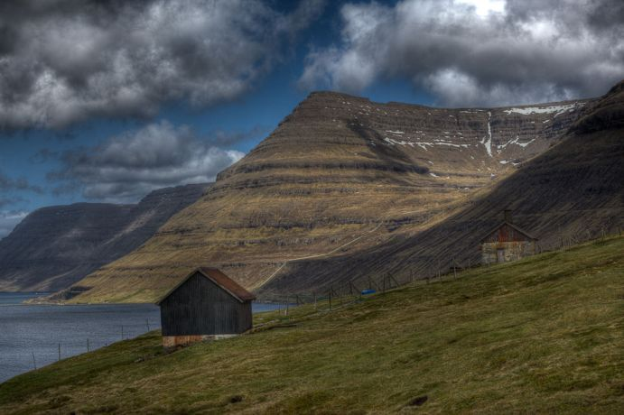 Faroe Is.: Tórshavn, Faroe Islands  ::  The view north from the north east edge of Klaksvik. More Info