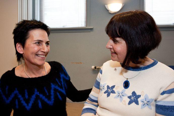 Faroe Is.: Klaksvik, Faroe Islands  ::  Longtime OM journalist Debbie Meroff (USA) having a conversation with a local woman during an Elderly Fellowship. More Info