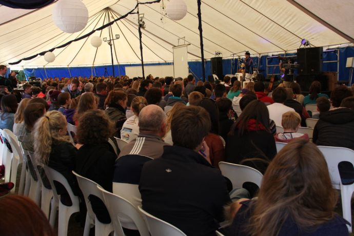 Australia: From 7-11 July, over 440 people descended on Gatton, Australia for TeenStreet 2014. Despite the bitterly cold weather, teens gathered from all over Australia to experience how connecting with God through studying his Word and prayer could be made real by witnessing to one another and to the local community. More Info