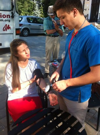 Finland: Bus4Life in Romania, a doctor volunteered his help in checking blood pressure and glucose levels.  More Info