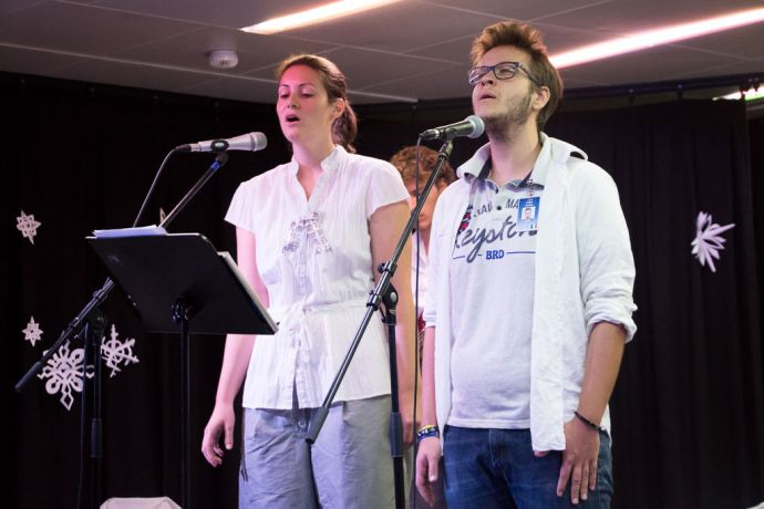 Mauritius: At Sea :: Theresa Baird (Canada) and Ciqui Papini (Italy) sing at the European/North America Advent Sunday Service in the Logos Lounge. More Info