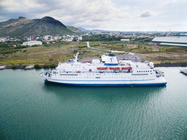 Mauritius: Toamasina, Madagascar :: Ship in port. More Info