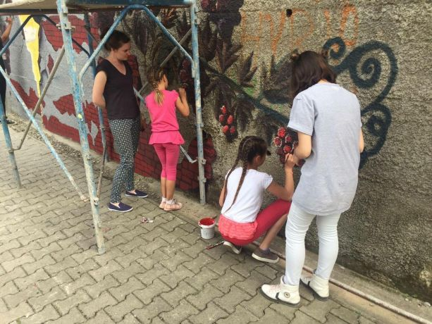 Kosovo: Incarnate artists collaborate with Kosovars to paint the mural, Unstoppable in Suhareka, Kosovo. More Info