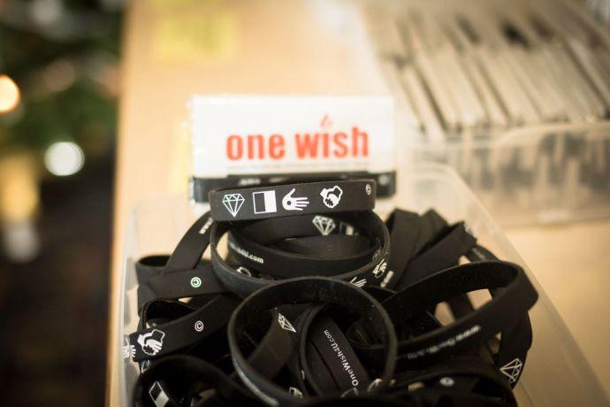 Ships: At Sea :: One Wish bracelets, which were developed by Richard Sharp (UK) to share the message of hope in Christ. More Info