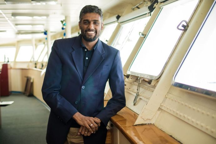 Ships: At Sea :: Logos Hope director Seelan Govender (South Africa). More Info