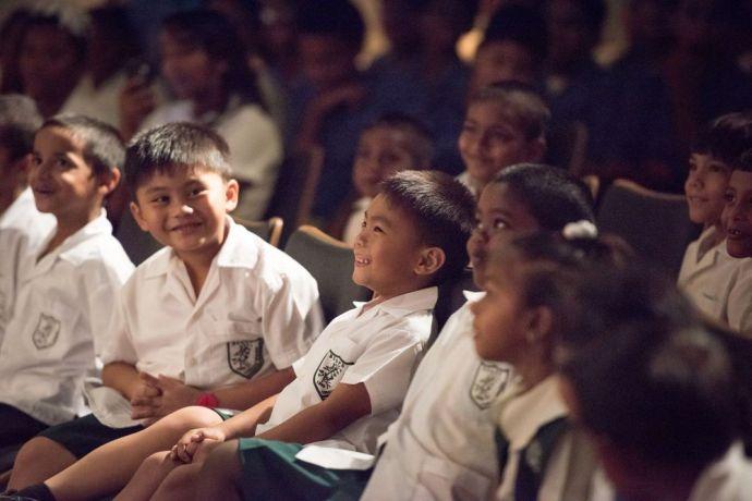 Trinidad & Tobago: Port of Spain, Trinidad  Tobago :: Schoolchildren enjoy a visit to Logos Hope. More Info