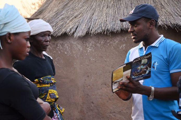 Ghana: HopeVisiT participant sharing the gospel with people in the Overseas part of Northern Ghana. More Info