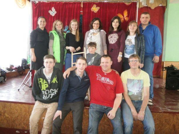 Ukraine: The Puppet ministry team OM Ukraine Vinnitsa with the Weber family - STM participants More Info