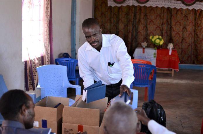 Tanzania: Pastor Tukiko Omosso distributes Bibles to pastors of his church plants in Taturuland, northern Tanzania. More Info