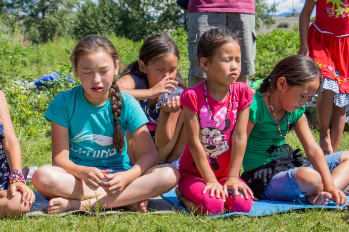Russia: Kids prayed at kids camp in unreached community, Russia. More Info