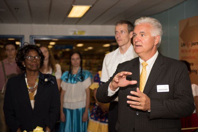 Saint Lucia: Castries, St. Lucia :: Randy Grebe (USA) explains about the ships story to Governor General of Saint Lucia, Dame Pearlette Louisy and attendees during the official opening. More Info