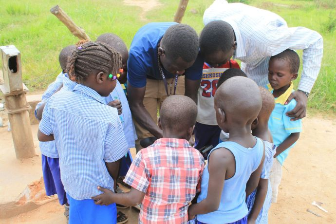 South Sudan: OM South Sudan team serves the community through the famine relief project and ministers to the communitys spiritual needs through Bible study. More Info