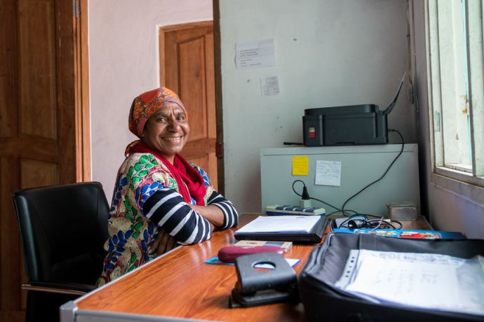 Mozambique: Lansipe, from Papua New Guinea, in the finance office in Mozambique. More Info