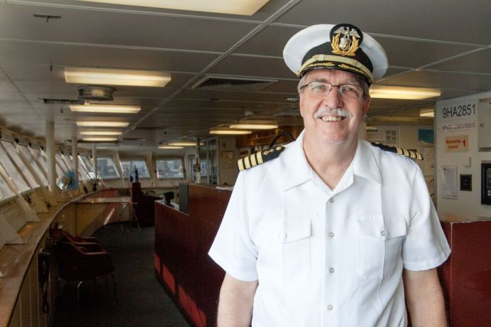 Mexico: Tampico, Mexico :: Captain Tom Dyer (USA) on the bridge. More Info