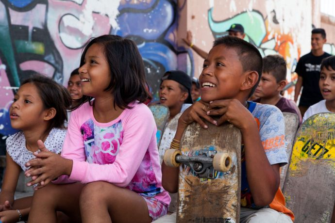 Guatemala: Puerto Quetzal, Guatemala :: Children listen to a message of hope at a skatepark. More Info