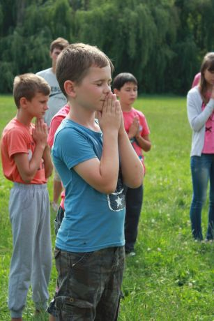 Ukraine: Many praying for the first time at Vinnitsa village evangelism More Info