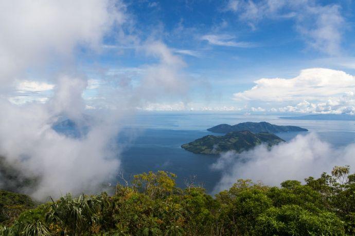 El Salvador: La Union, El Salvador :: A view of the ocean area surrounding Logos Hope from the top of a nearby volcano. More Info