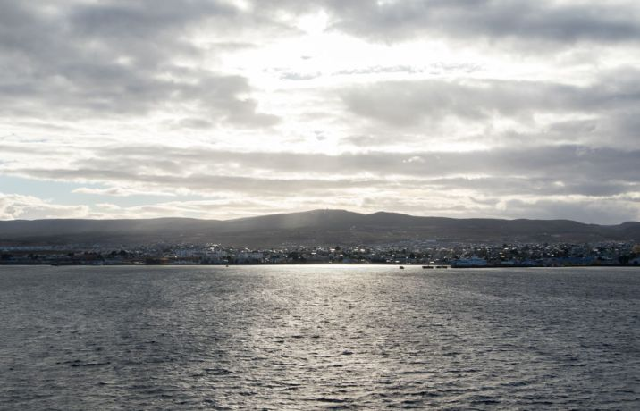 Chile: punta Arenas :: A landscape of the city of Punta Arenas during the ship arrival. More Info