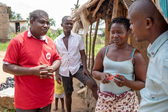 Mozambique: OMer talking to people who were impacted by Cyclone Idai in Mozambique. Photo by Rebecca Rempel More Info