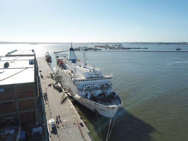 Uruguay: Montevideo, Uruguay :: Aerial view of Logos Hope in port. More Info