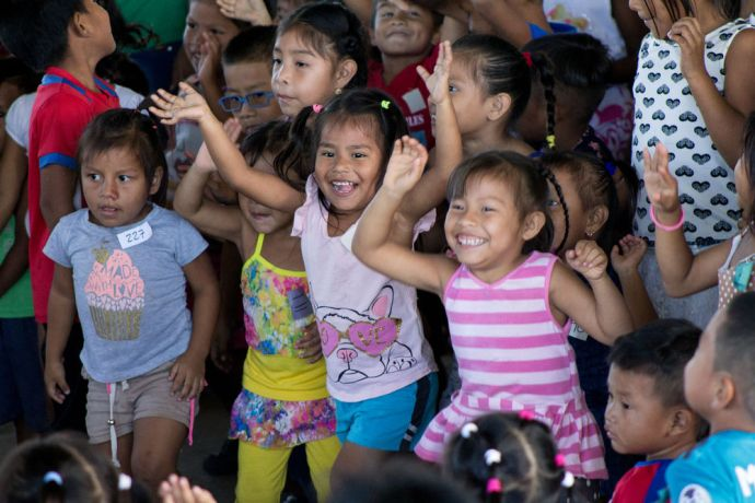 Panama: OM Panama team prepare a Christmas outreach for kids in social risk in an indigenous community. More Info