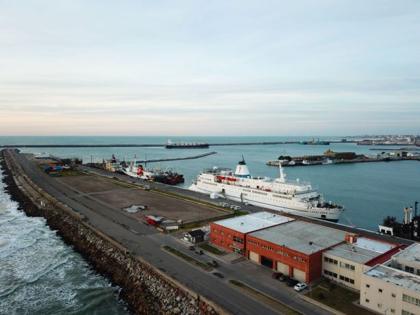 Argentina: Mar del Plata, Argentina :: Aerail view of the ship in Mar del Platas port. More Info