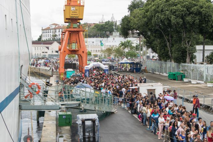 Brazil: Rio de Janeiro, Brazil :: Visitors wait on the quayside to enter the bookfair. More Info