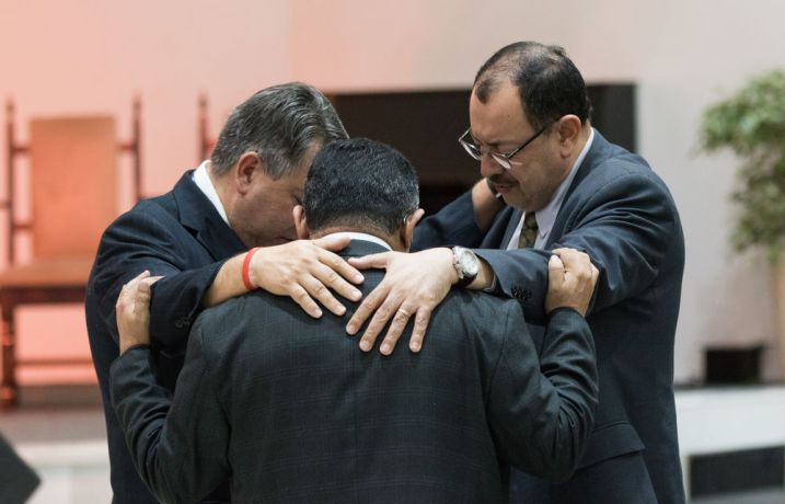 Brazil: Rio de Janeiro, Brazil :: Pastors pray for the least reached. More Info