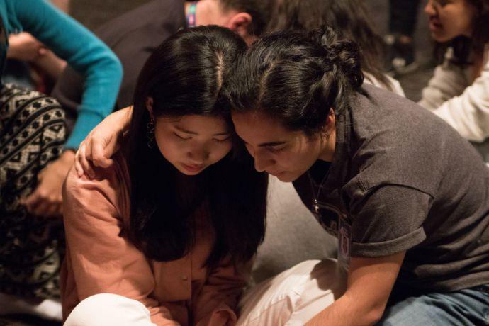 Brazil: Vitória, Brazil :: Ailin Longo (Argentina) prays for Sophia Cho (South Korea). More Info