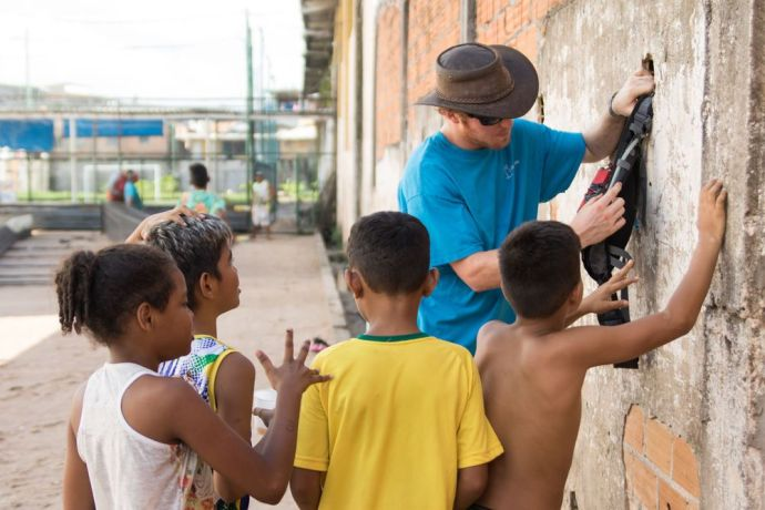 Brazil: Belém, Brazil :: Reuben Hackett (Australia) with children from a vulnerable area. More Info